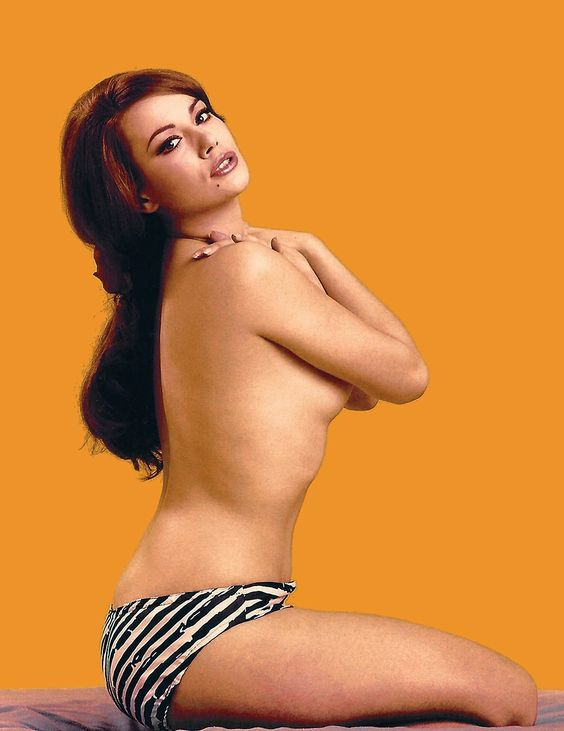 Claudine Auger hot nude pic (2)