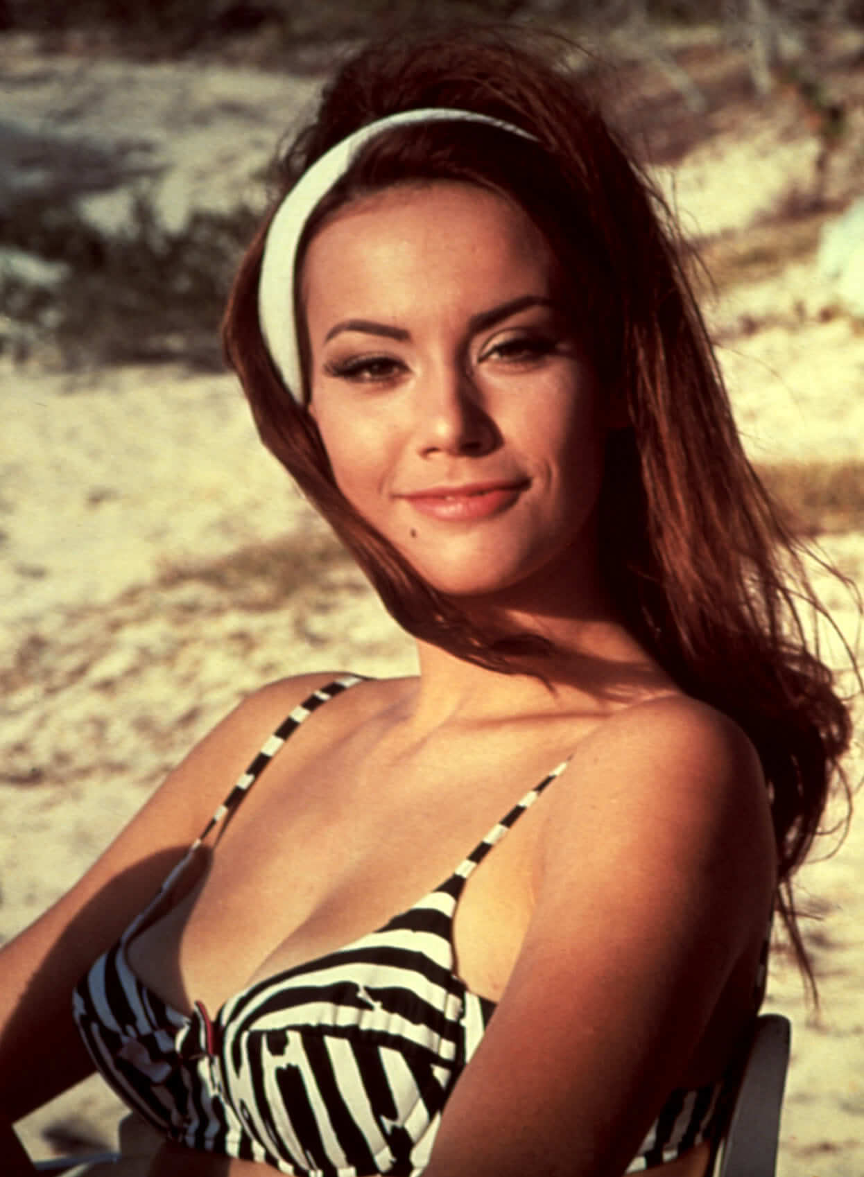 Claudine Auger hot side pics