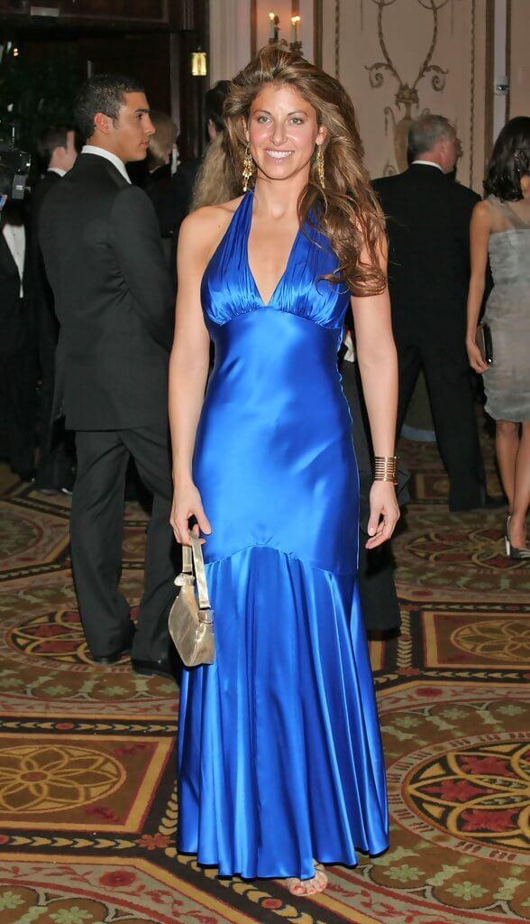 DYLAN LAUREN cleavages sexy