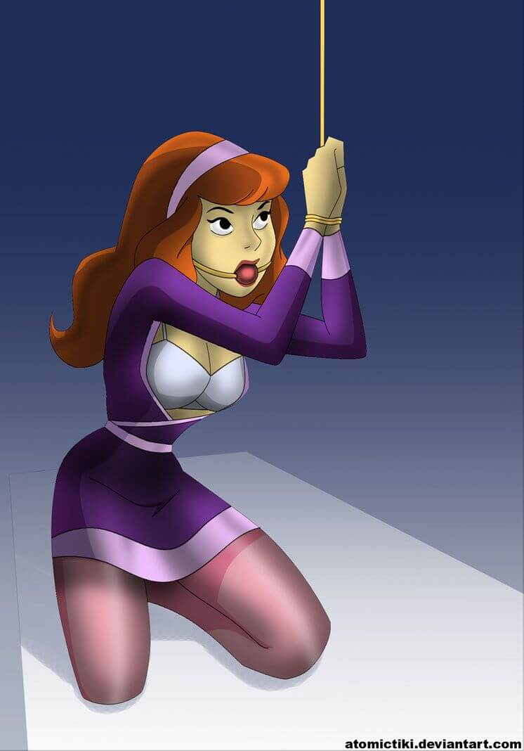 Daphne Blake clevage photo