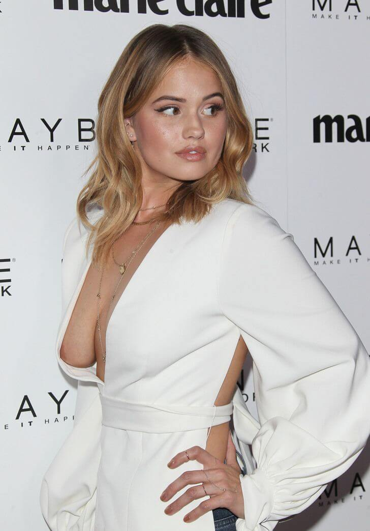 Debby Ryan sexy cleavage photo