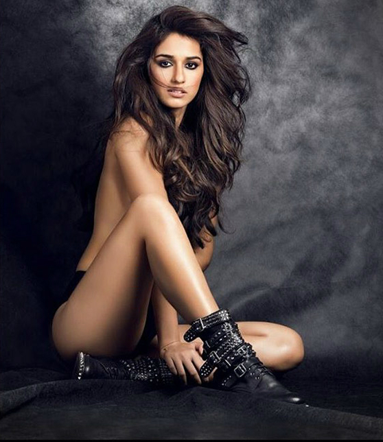 Disha Patani Sexy Boobs Pics Topless