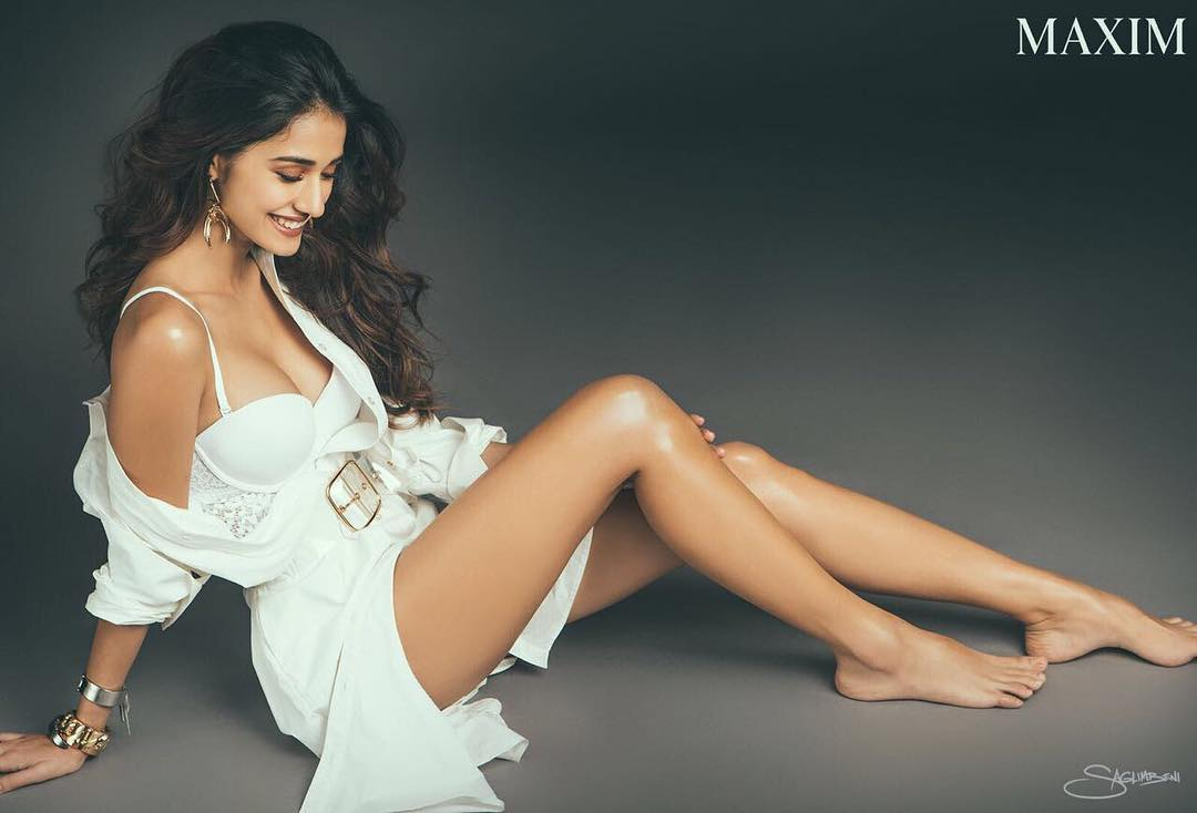 Disha Patani Sexy Boobs Pics on Short Dress