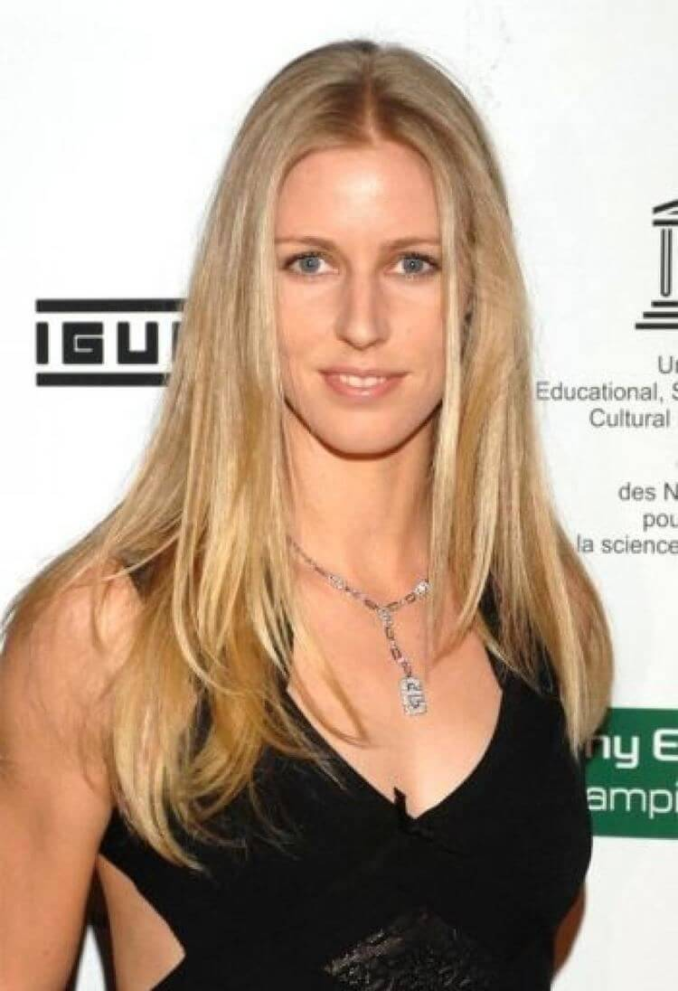 Elena Dementieva hot cleavages