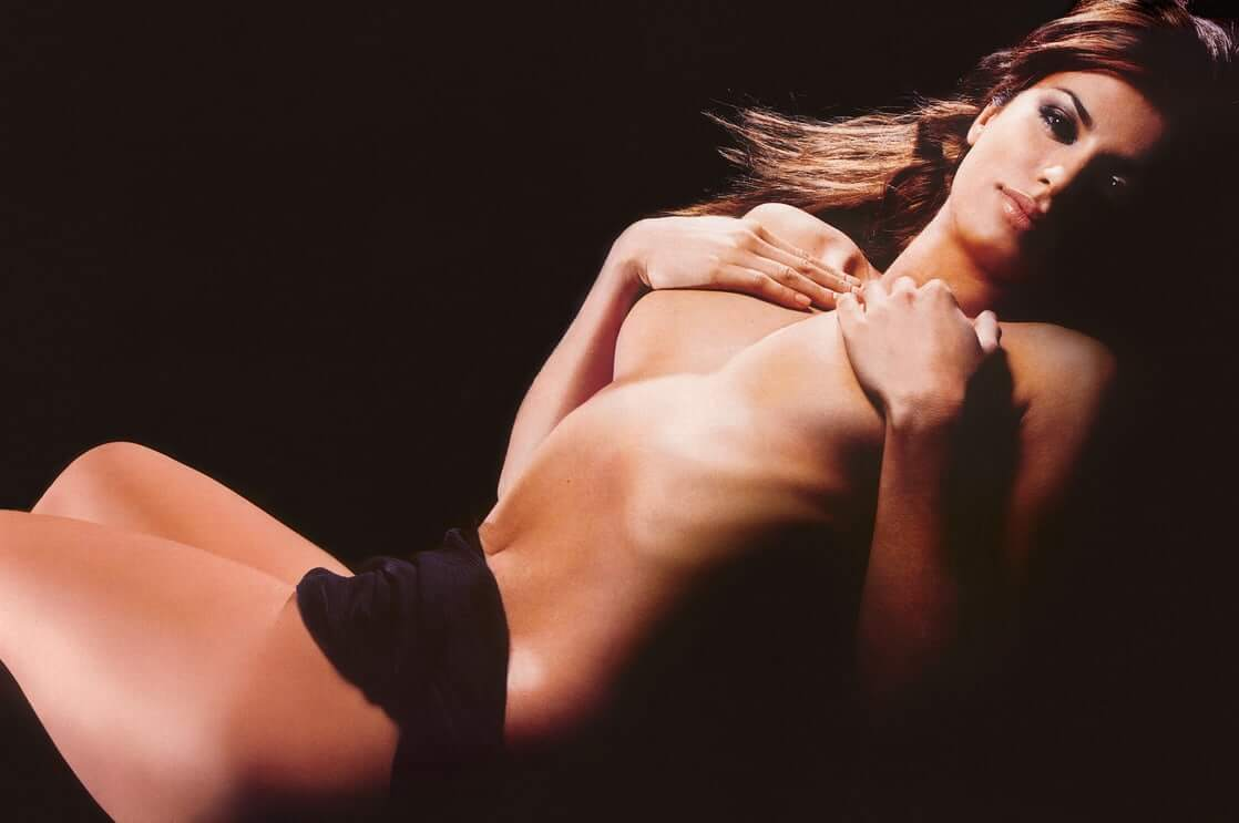 Elisabetta Canalis hot picture