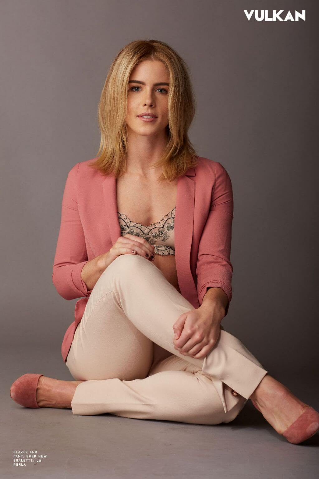 Emily Bett Ricards hot cleavages