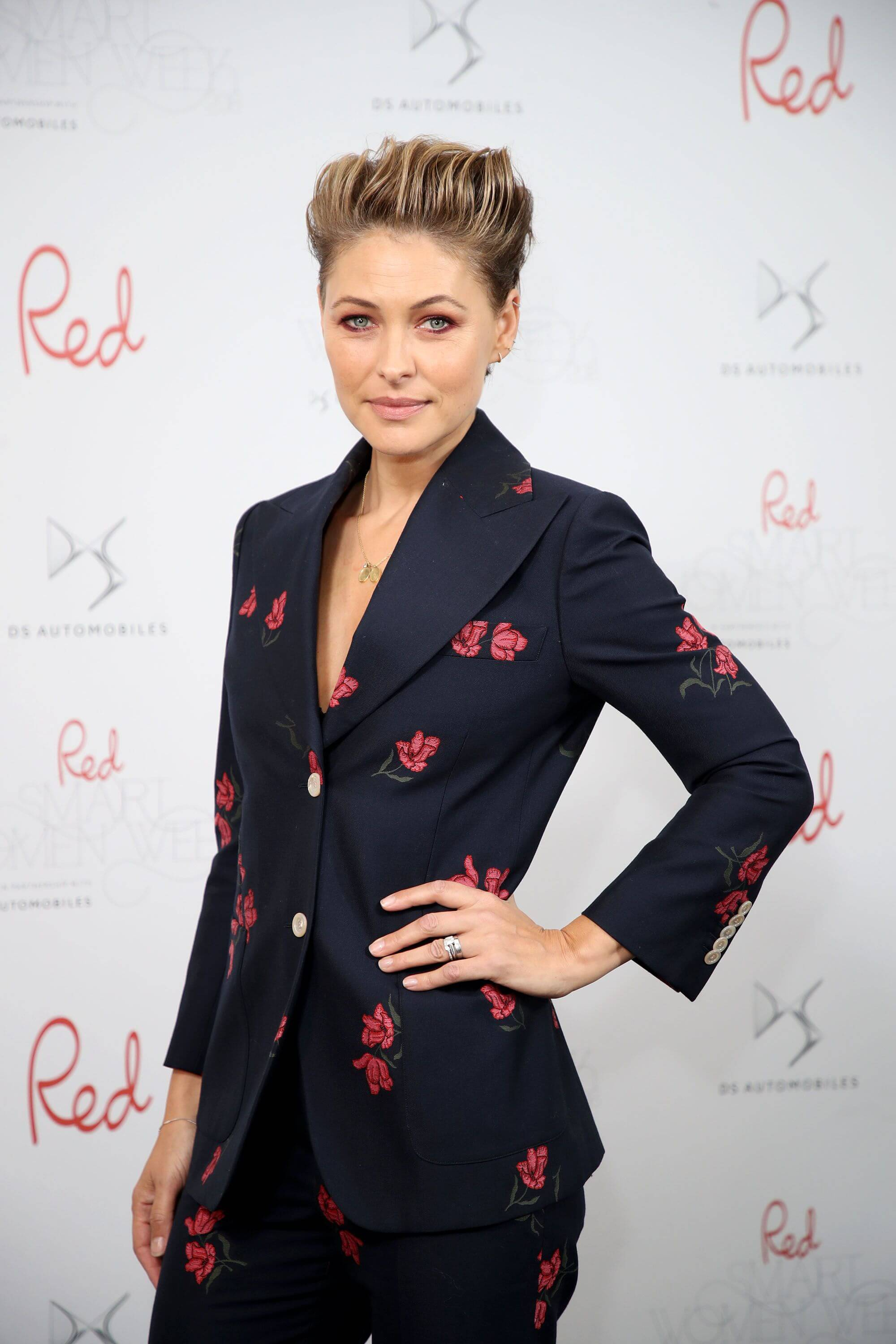 Emma Willis sexy side pcis