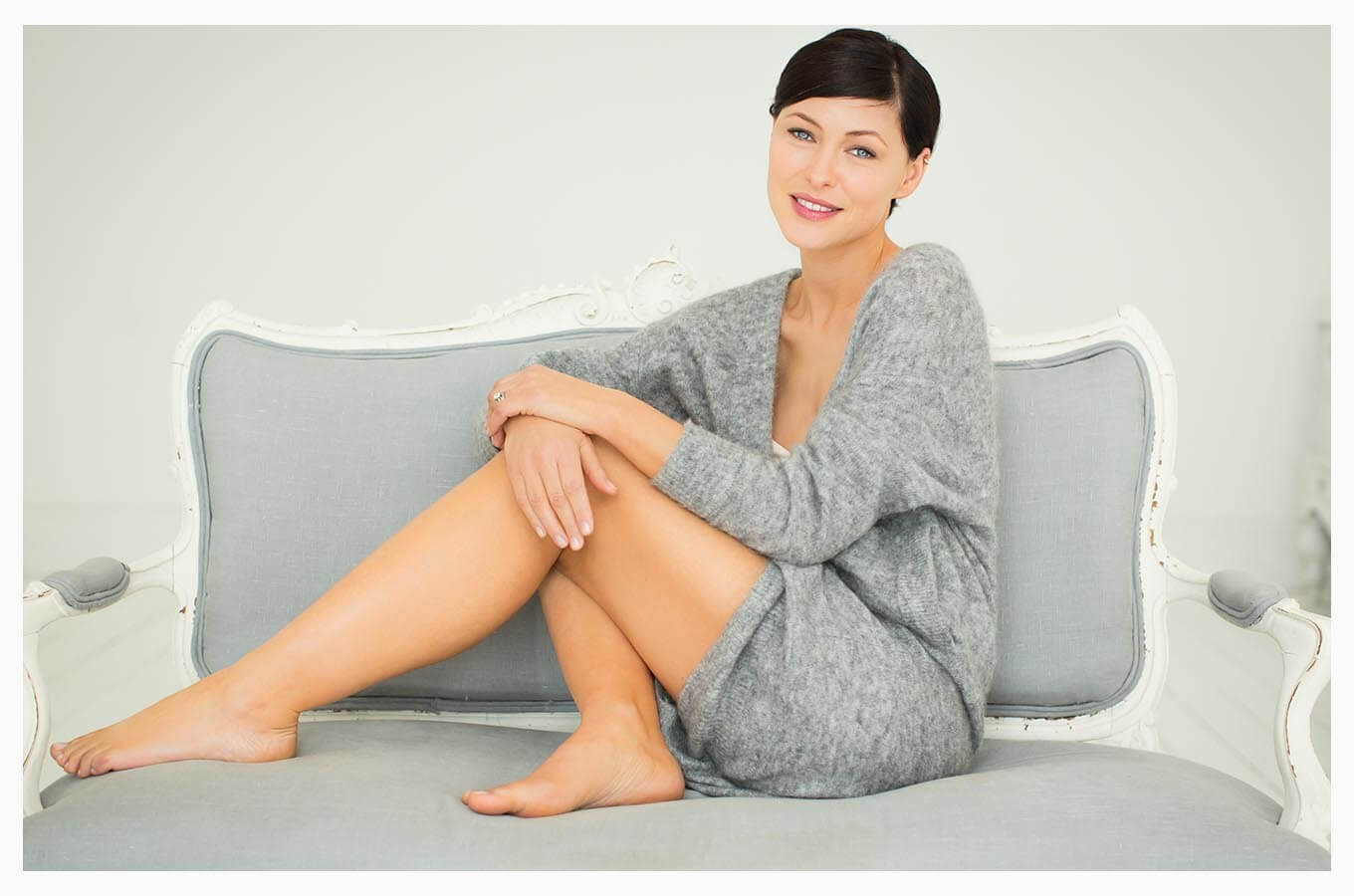 Emma Willis sexy thigh