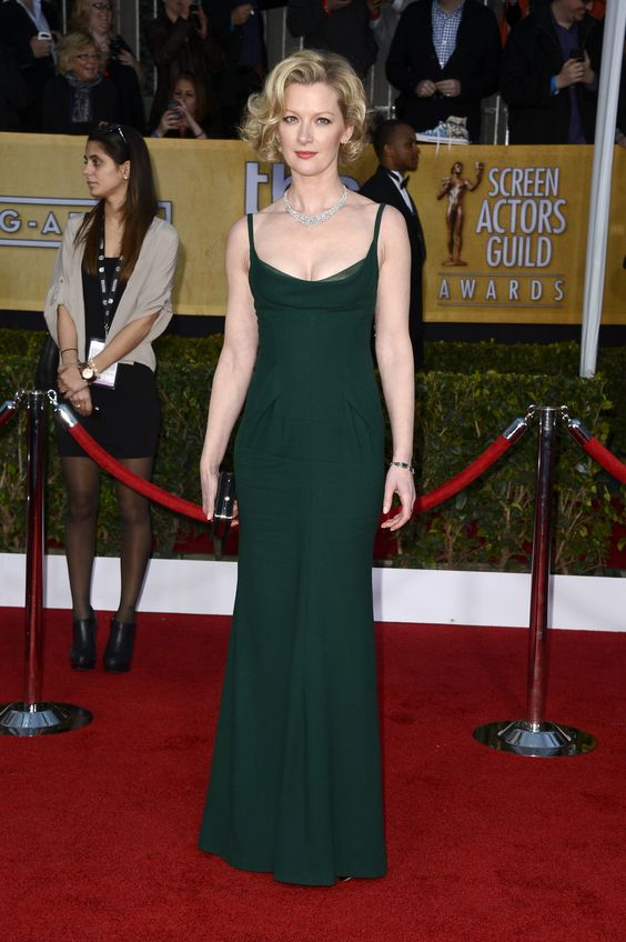 Gretchen Mol on Party
