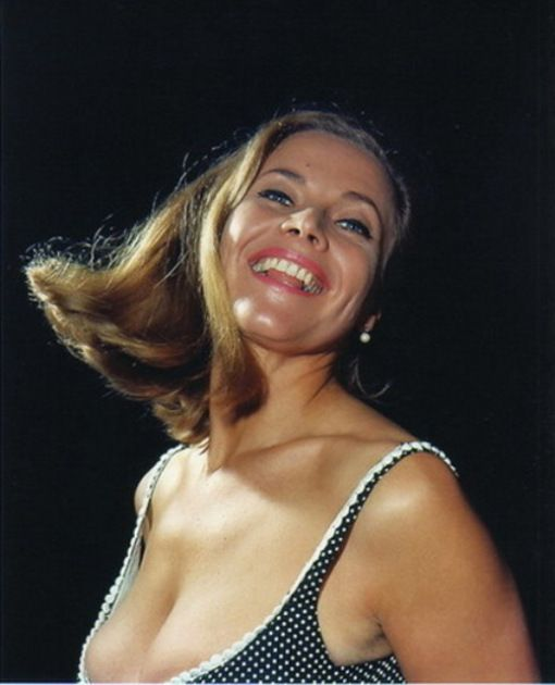 Honor Blackman Sexy