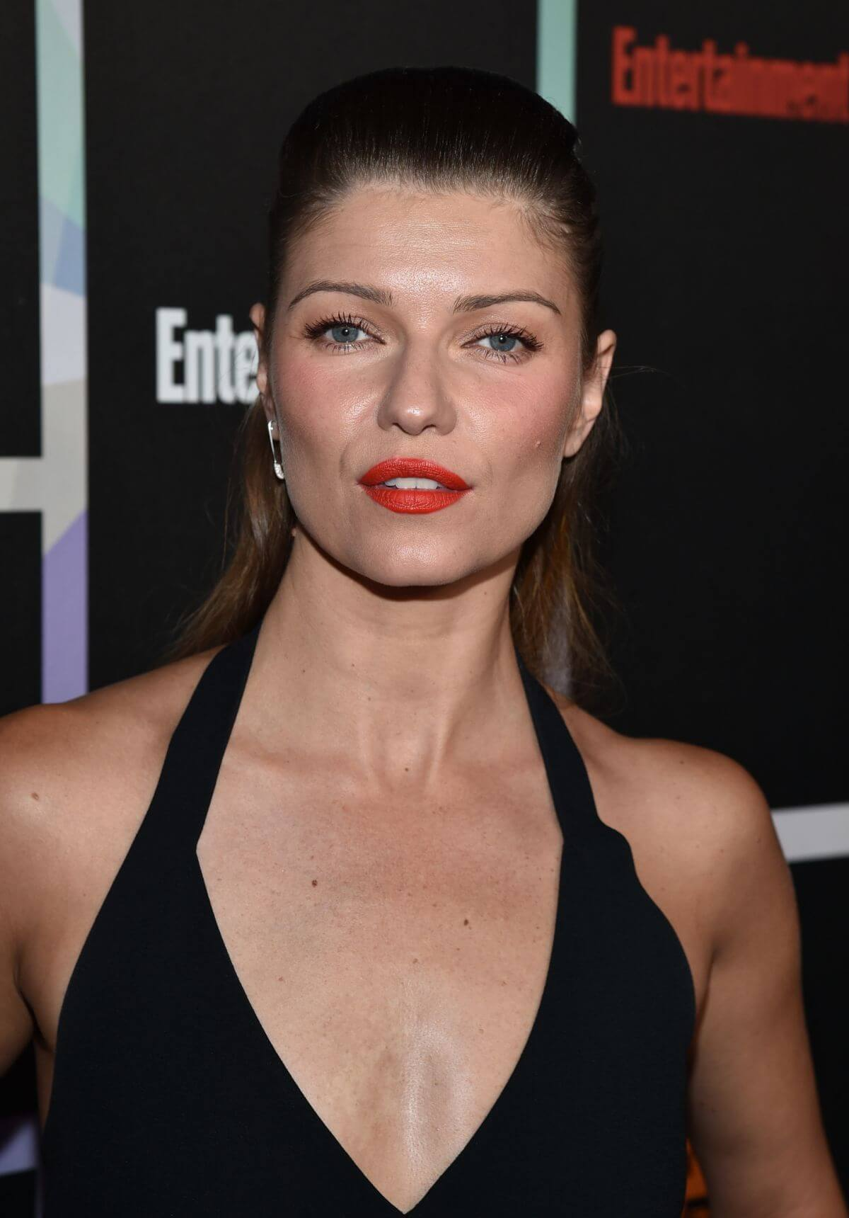 Ivana Milicevic hot cleavage