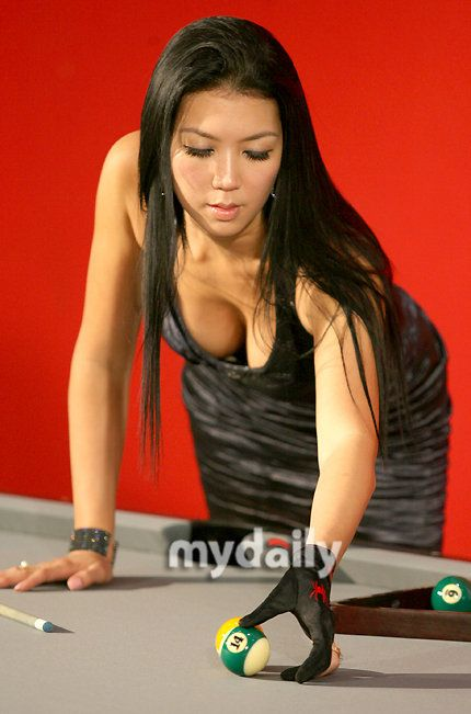 Jeanette Lee Sexy Boobs