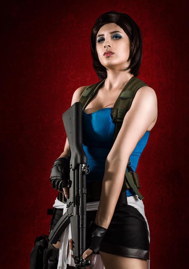 Jill Valentine cleavages photos