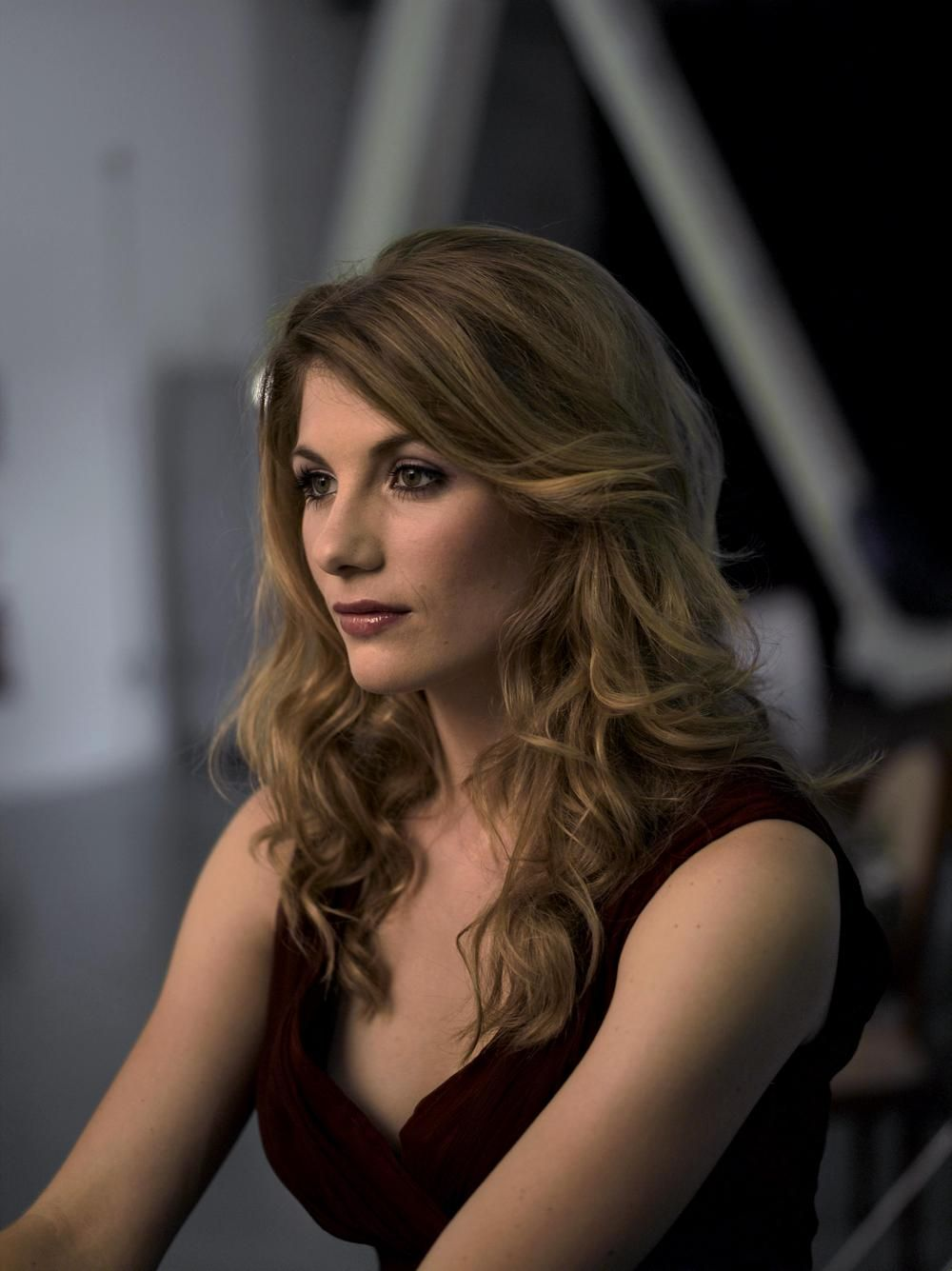 Jodie Whittaker awesome cleavages 2