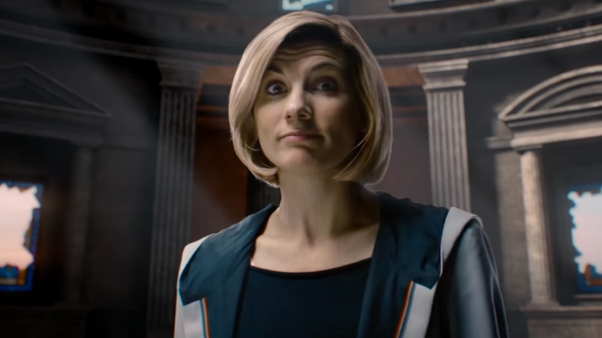 Jodie Whittaker awesome cleavages 4