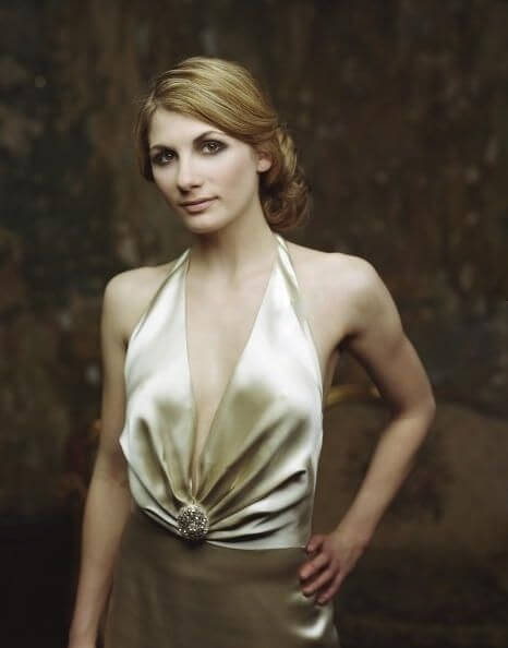 Jodie Whittaker awesome cleavages
