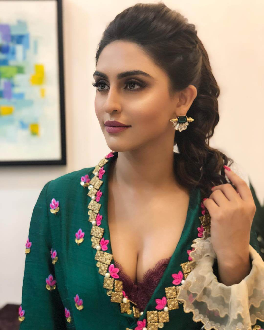 KRYSTLE DSOUZA hot busty pictures
