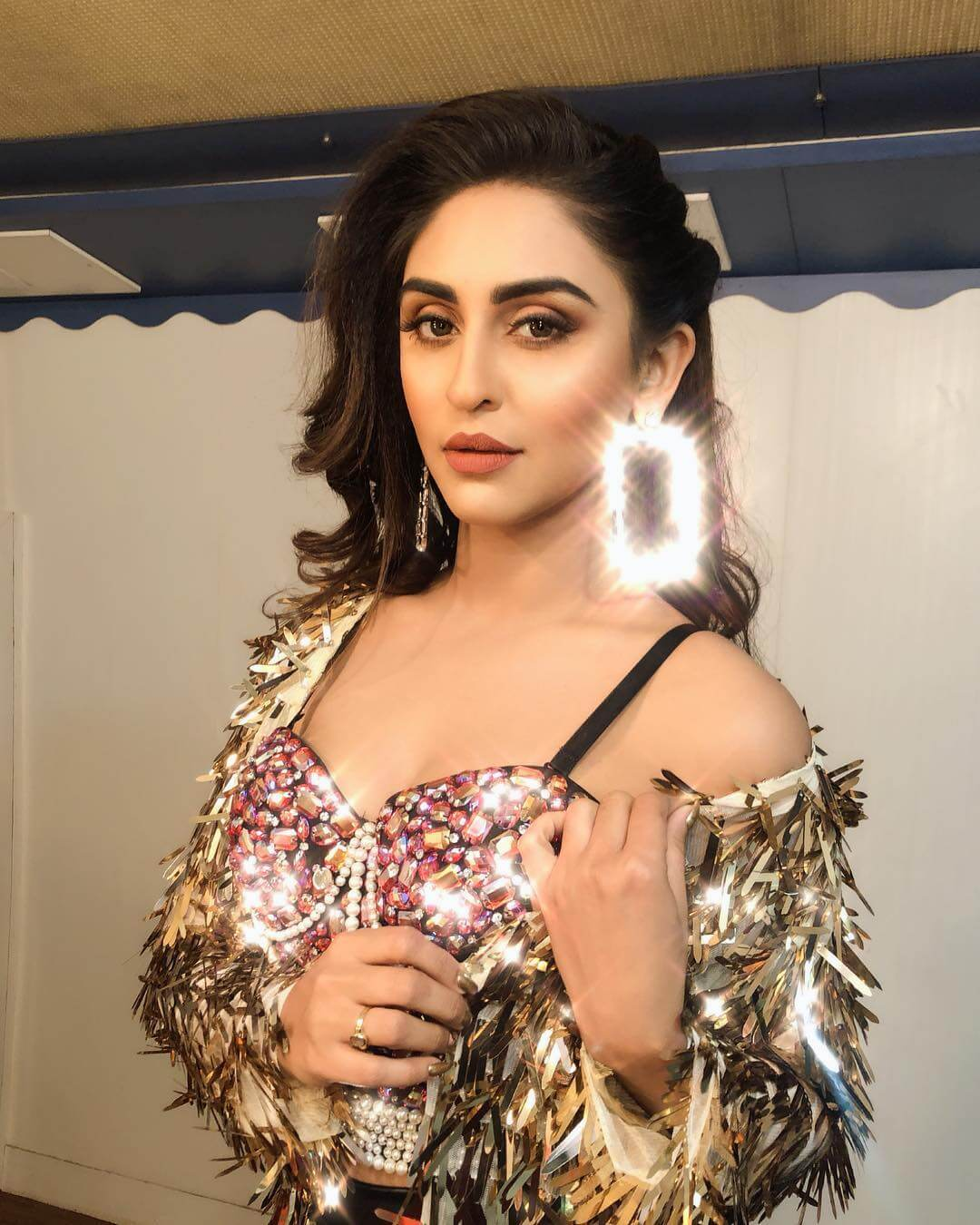 KRYSTLE DSOUZA sexy boobs photo