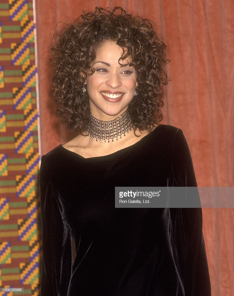 Karyn Parsons hot smile pic