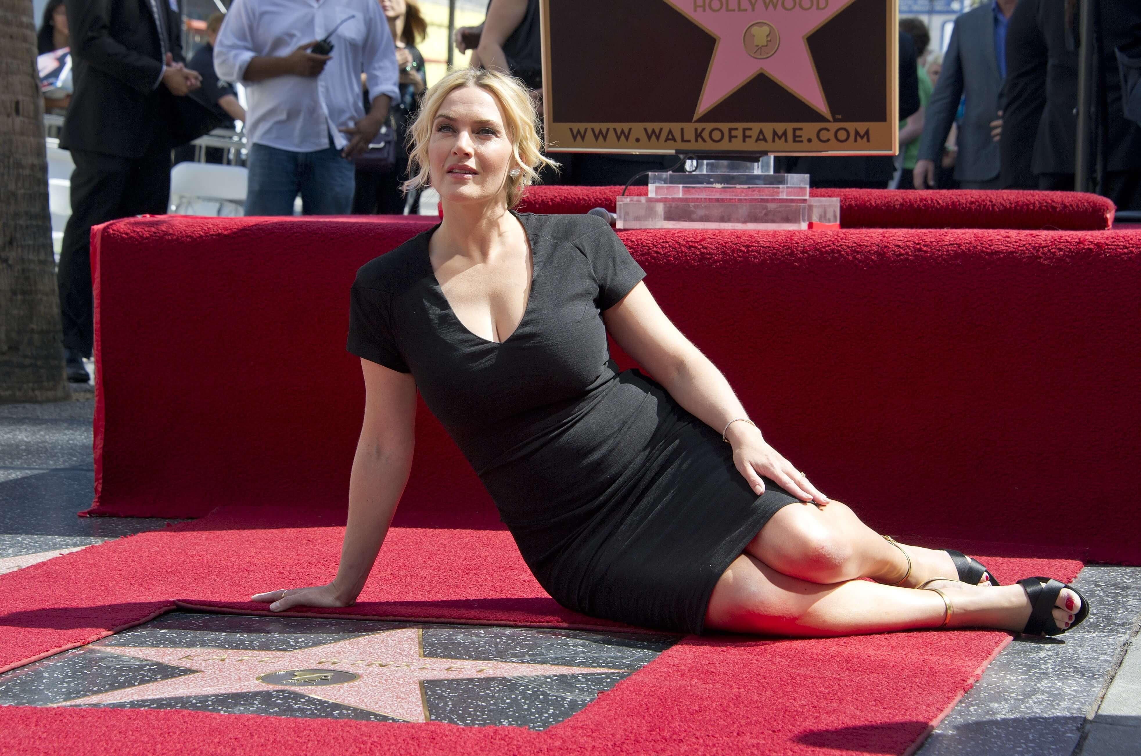 Kate-Winslet awesome cleavages