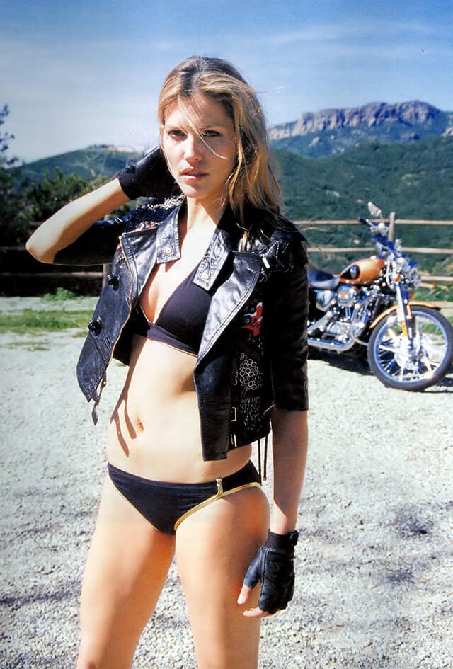 49 Hot Pictures Of Katee Sackhoff Are Going To Cheer You