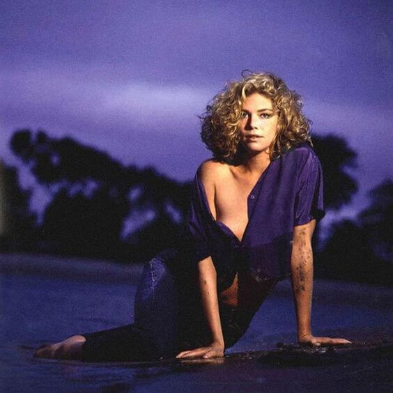 24 Hot Pictures Of Kelly McGillis Will Get You Hot Under