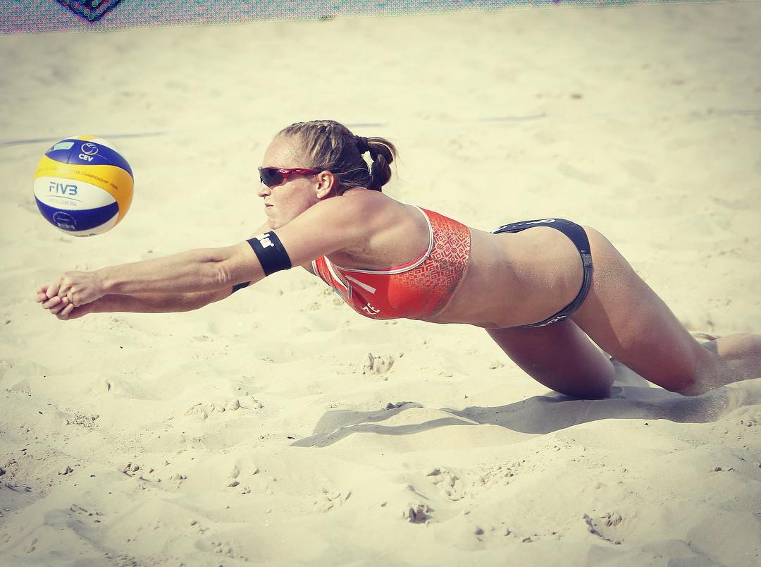 Kristýna Kolocová on Volley Ball