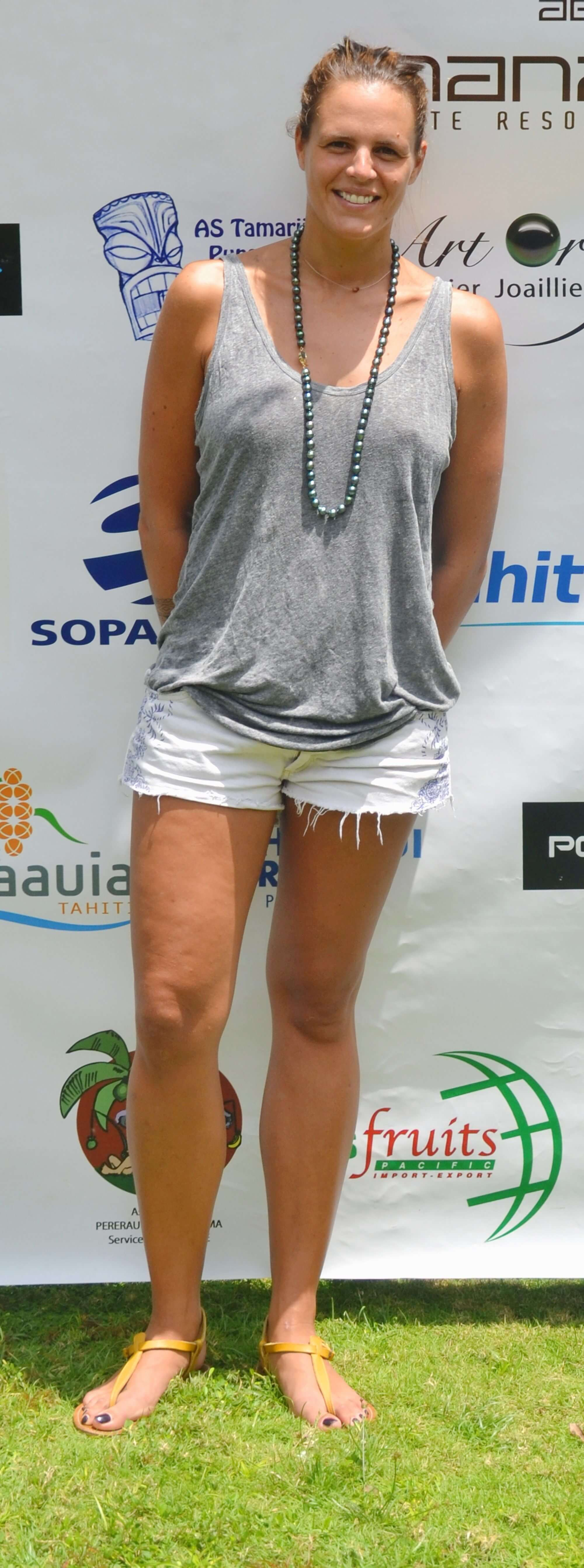 Laure Manaudou feet awesome (2)