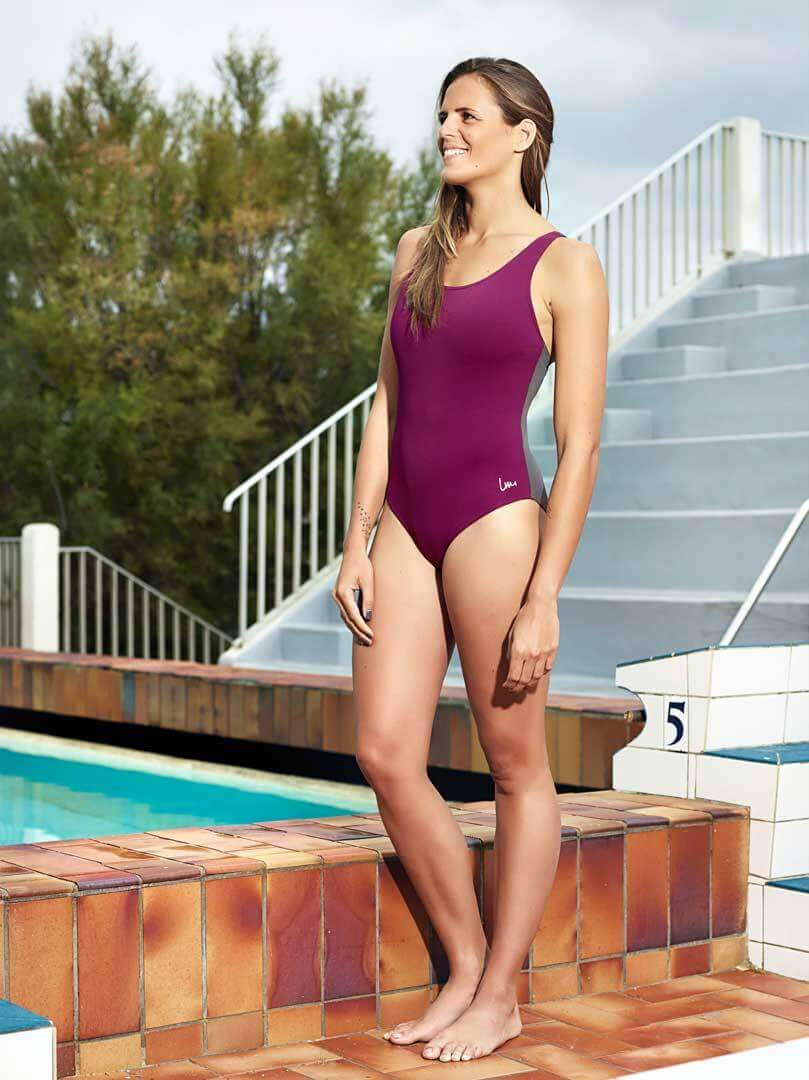 Laure Manaudou hot legs