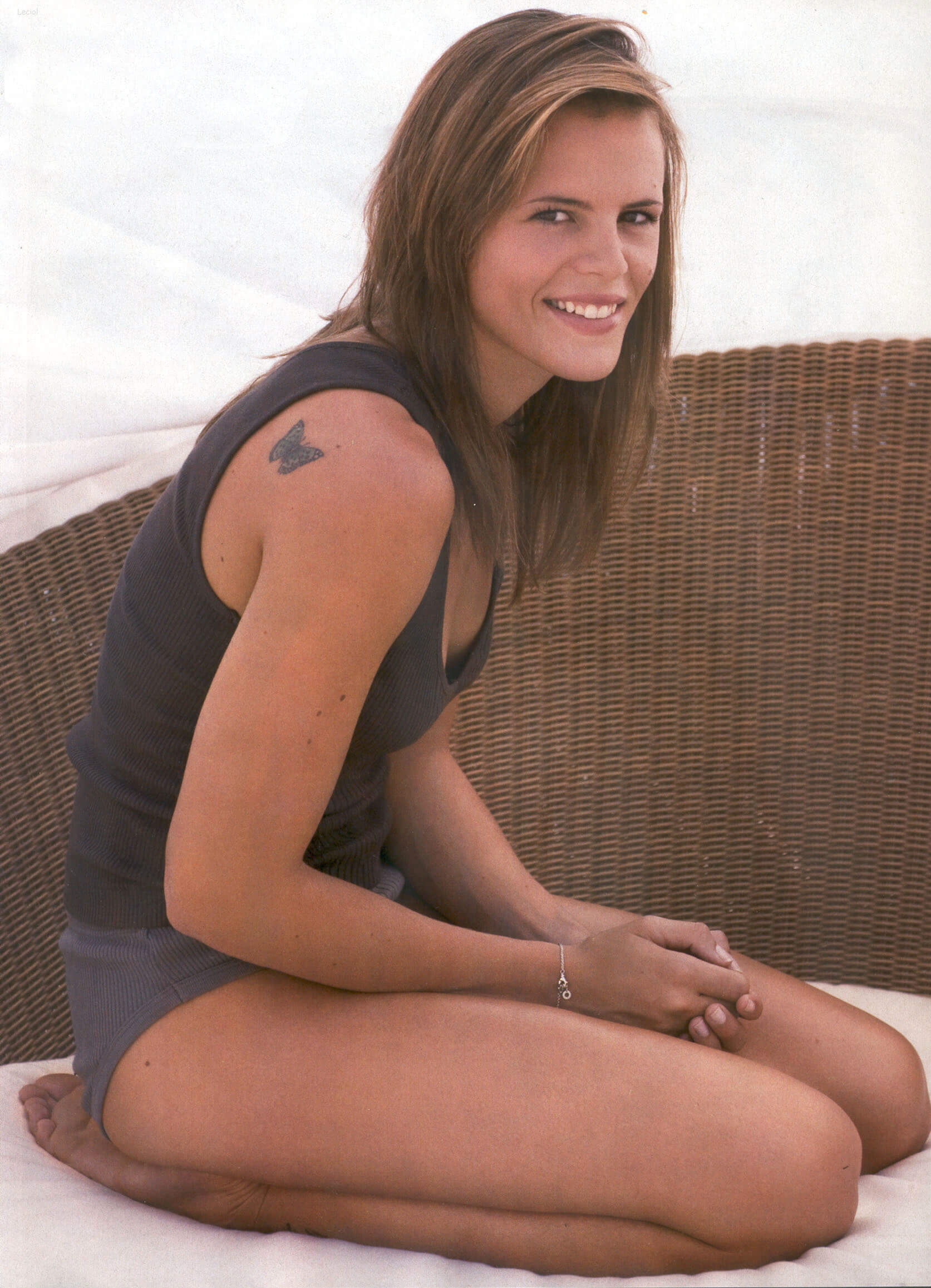 Laure Manaudou hot thighs