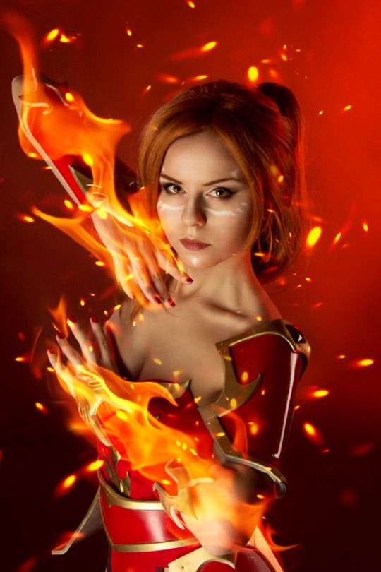 Lina Hot Cosplay