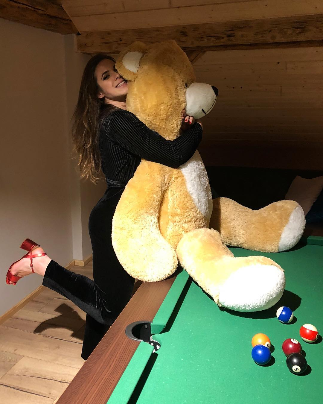 Maria Andrejczyk with Teddy Bear