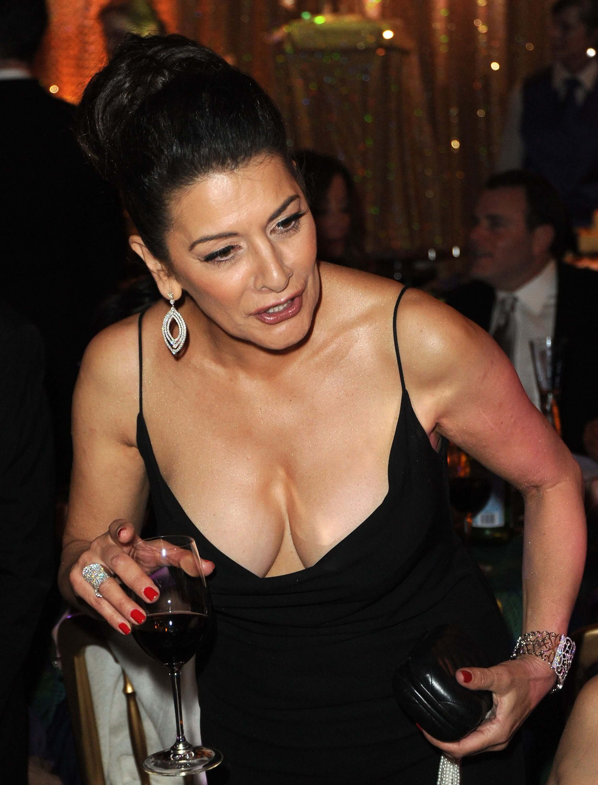 Marina Sirtis cleavage pictures