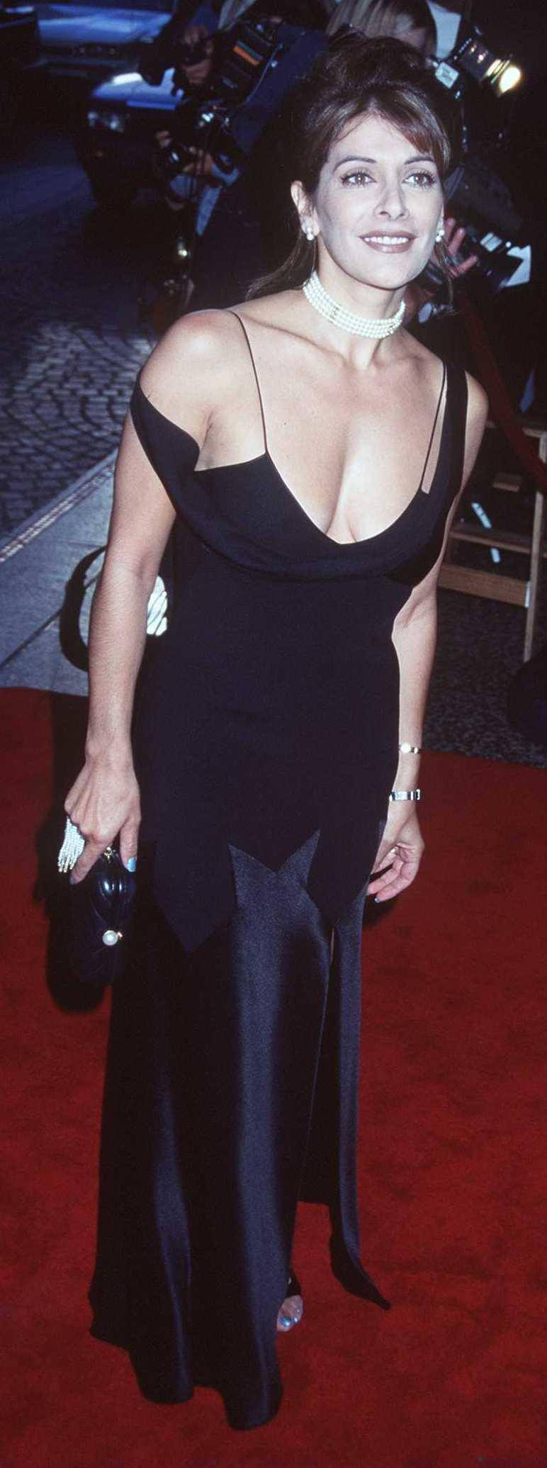 Marina Sirtis log black dress