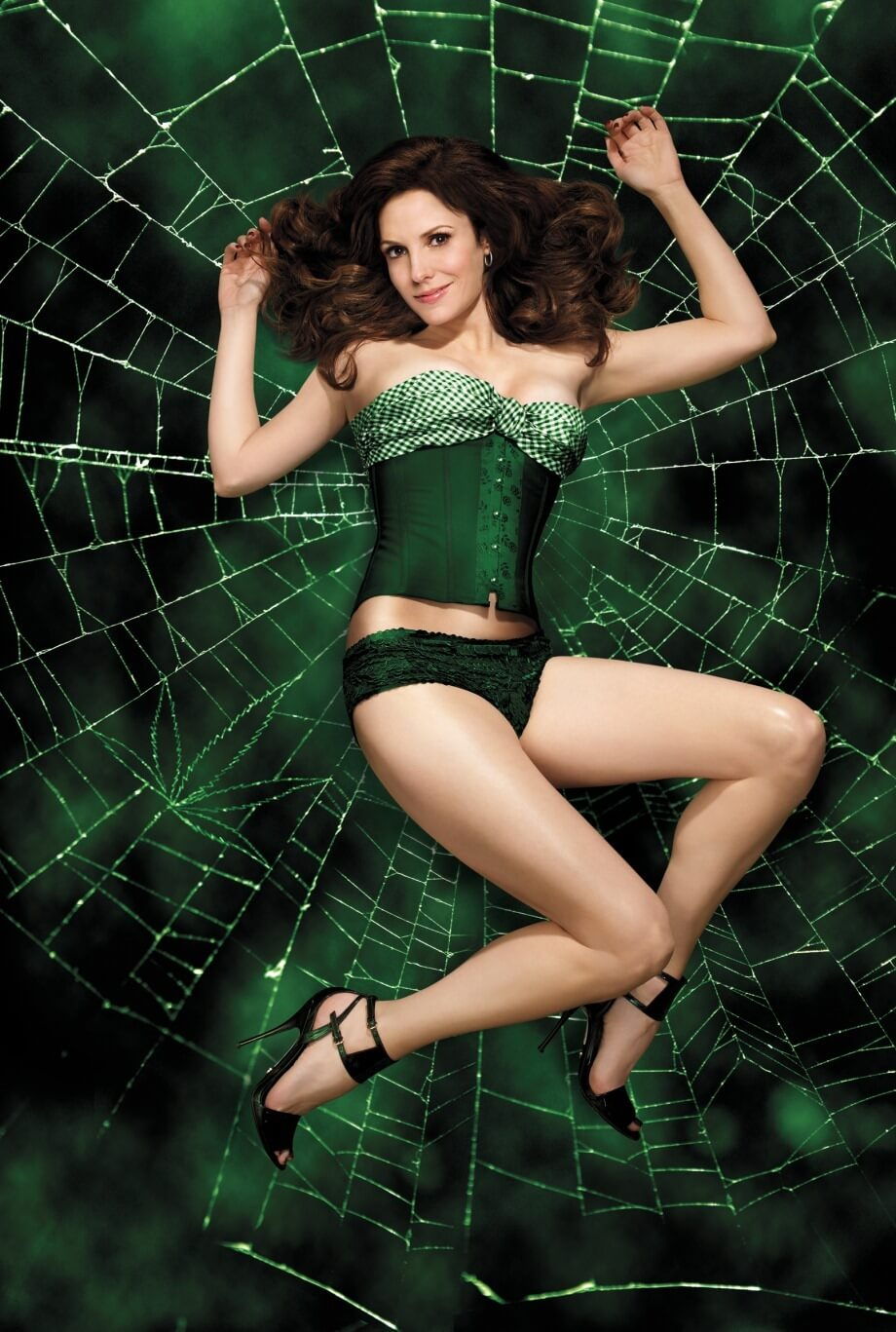 49 Hot Pictures Of Mary-Louise Parker Will Bring Big Grin
