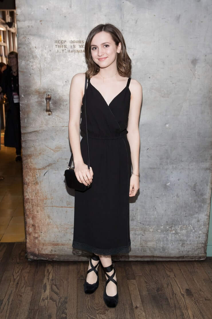 Maude Apatow beautiful dress