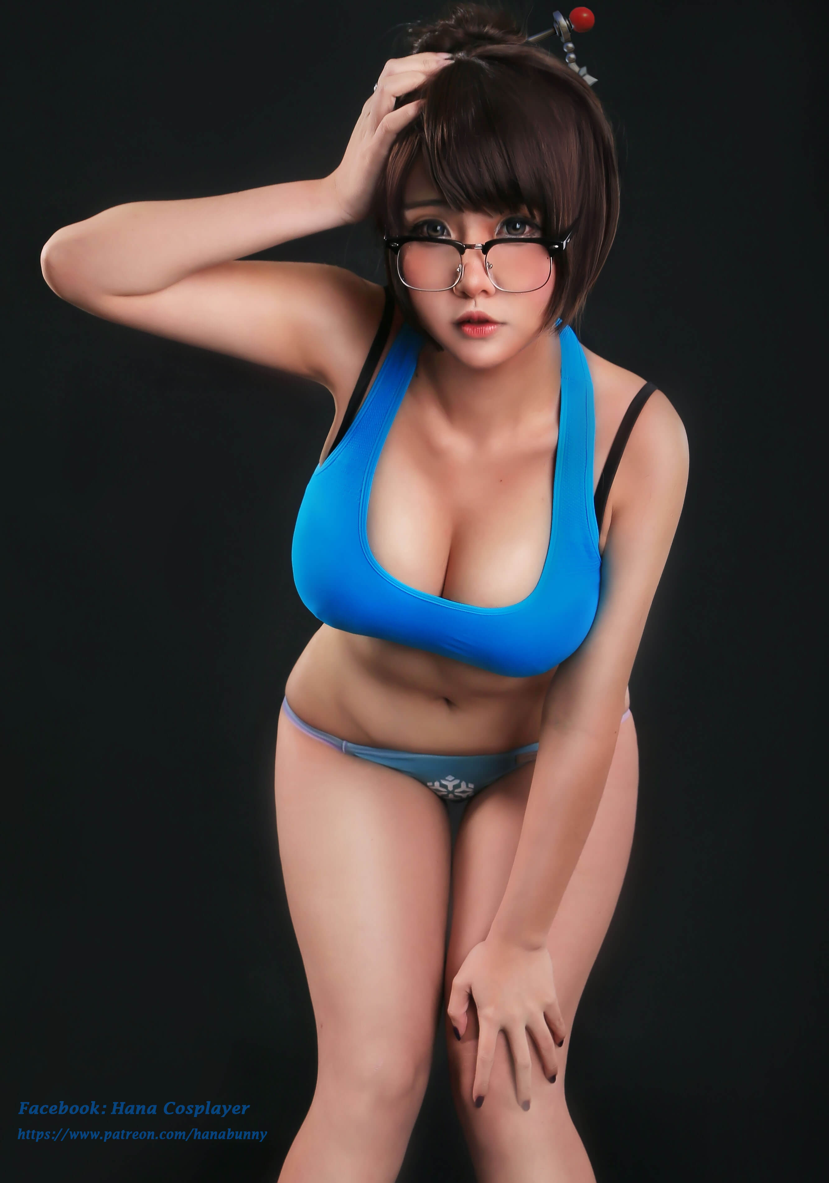 Mei Overwatch sexy cleavages