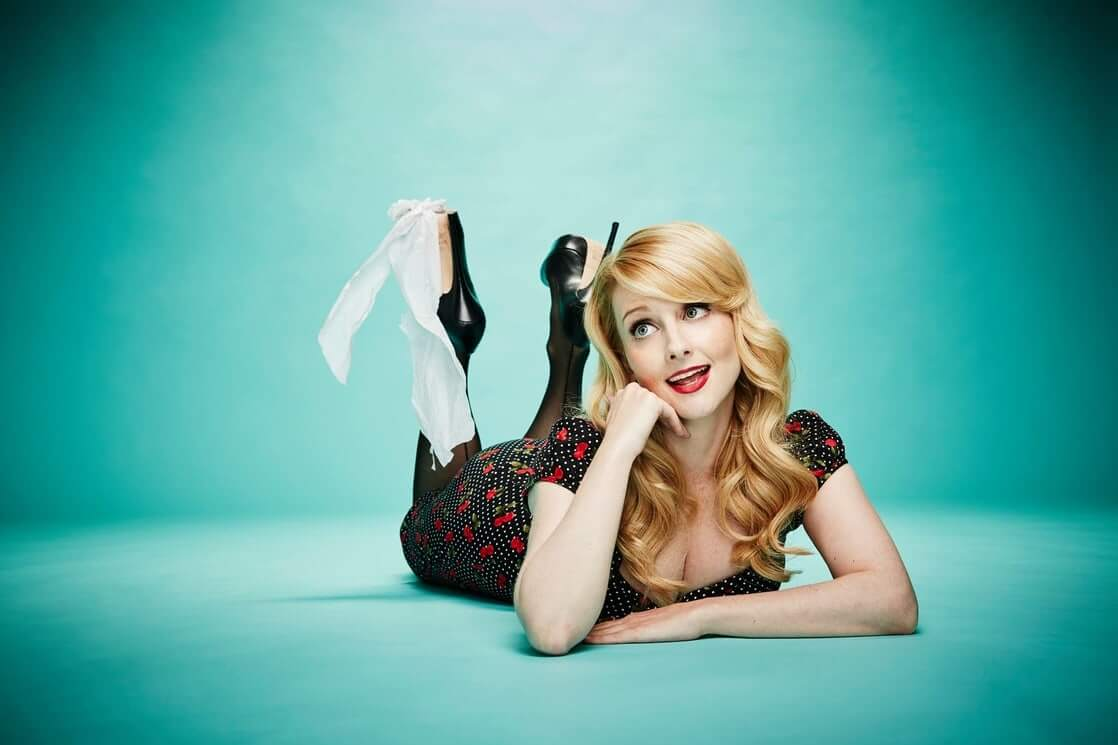 Melissa Rauch awesome photos