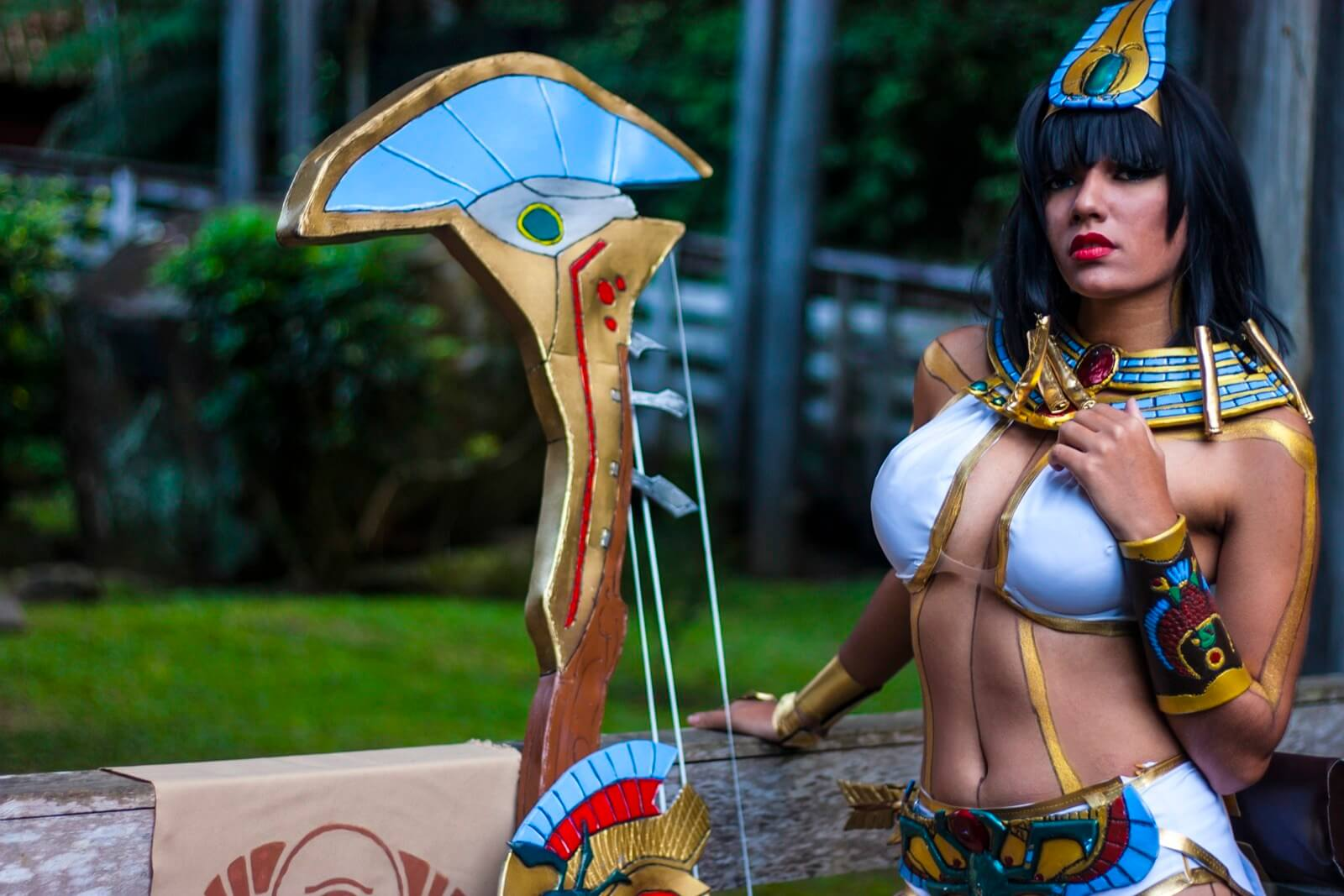 Neith Smite sexy busty pictures (2)