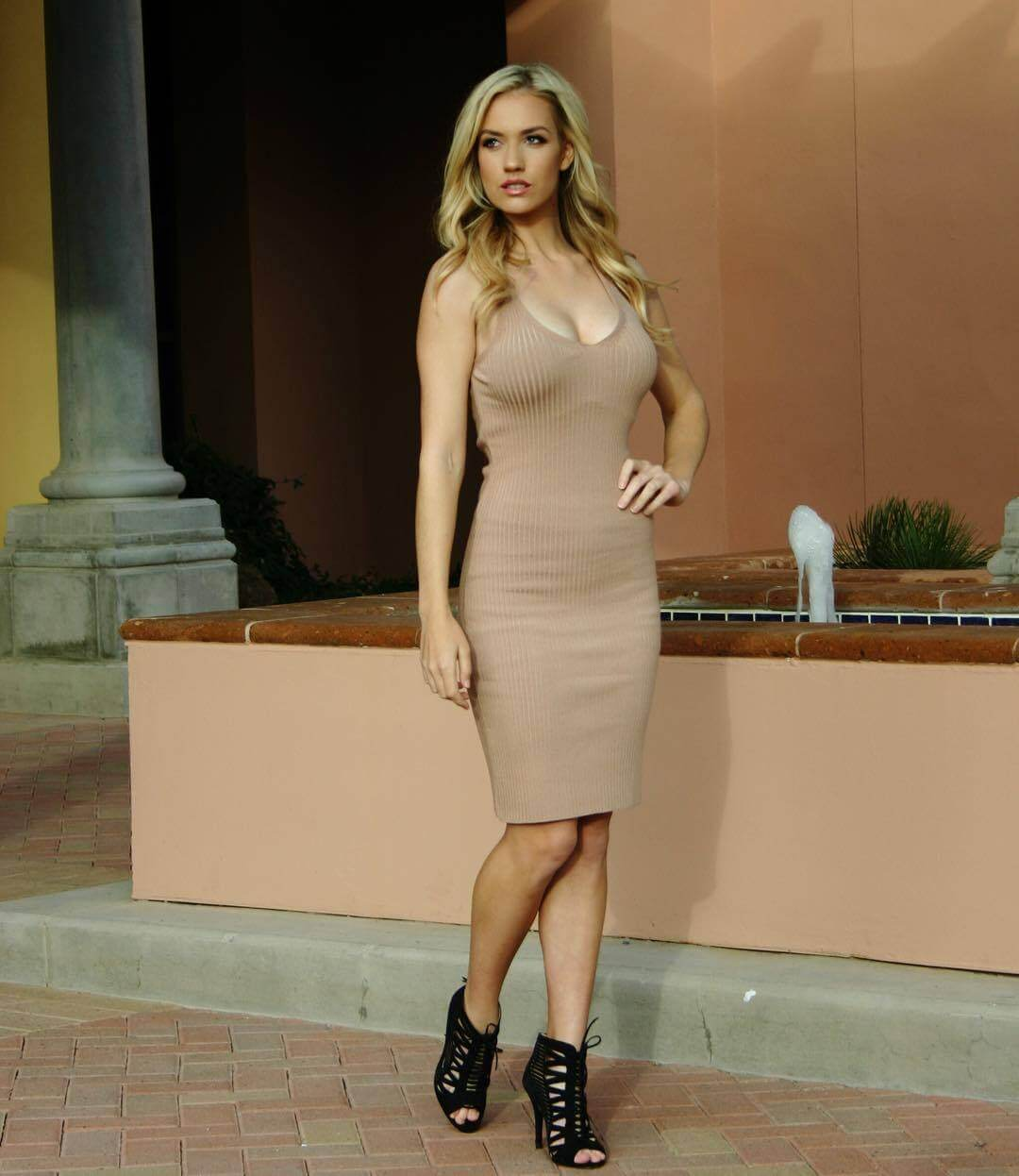 49 Hot Pictures Of Paige Spiranac Which Will Will Make You