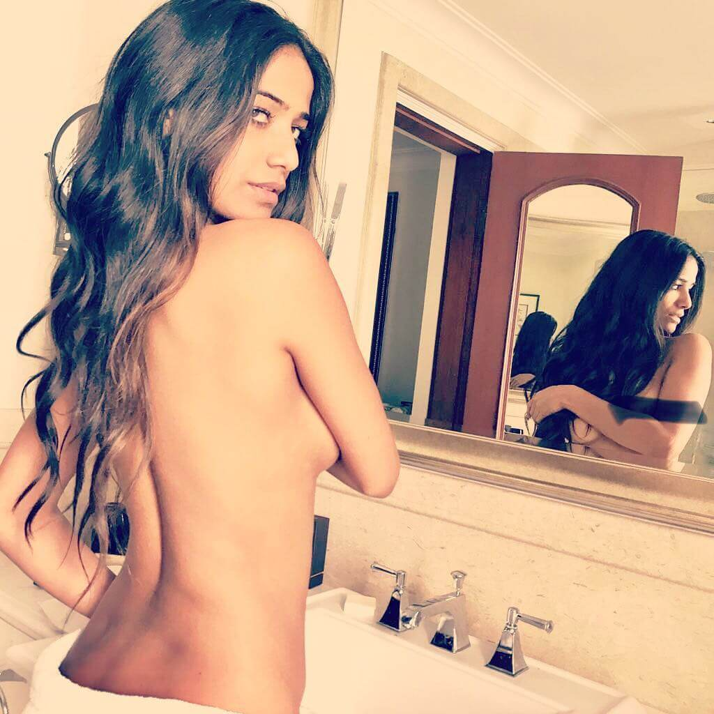 Poonam Pandey awesome pictures