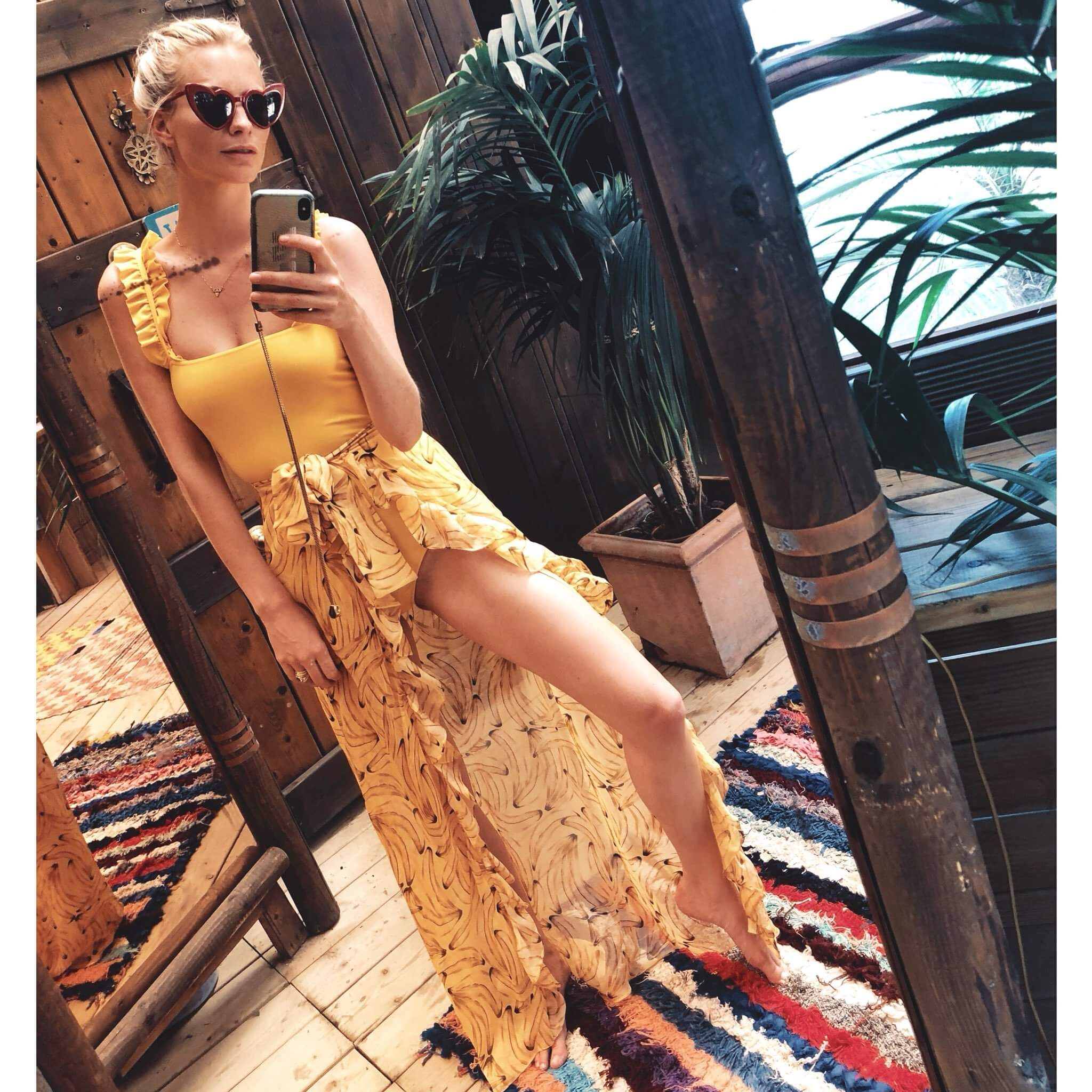 Poppy Delevingne sexy yellow dress