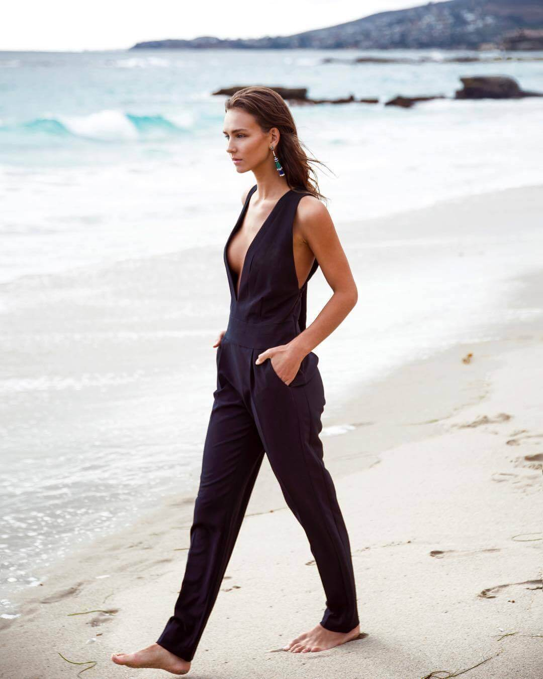 Rachel Cook awesome black dress