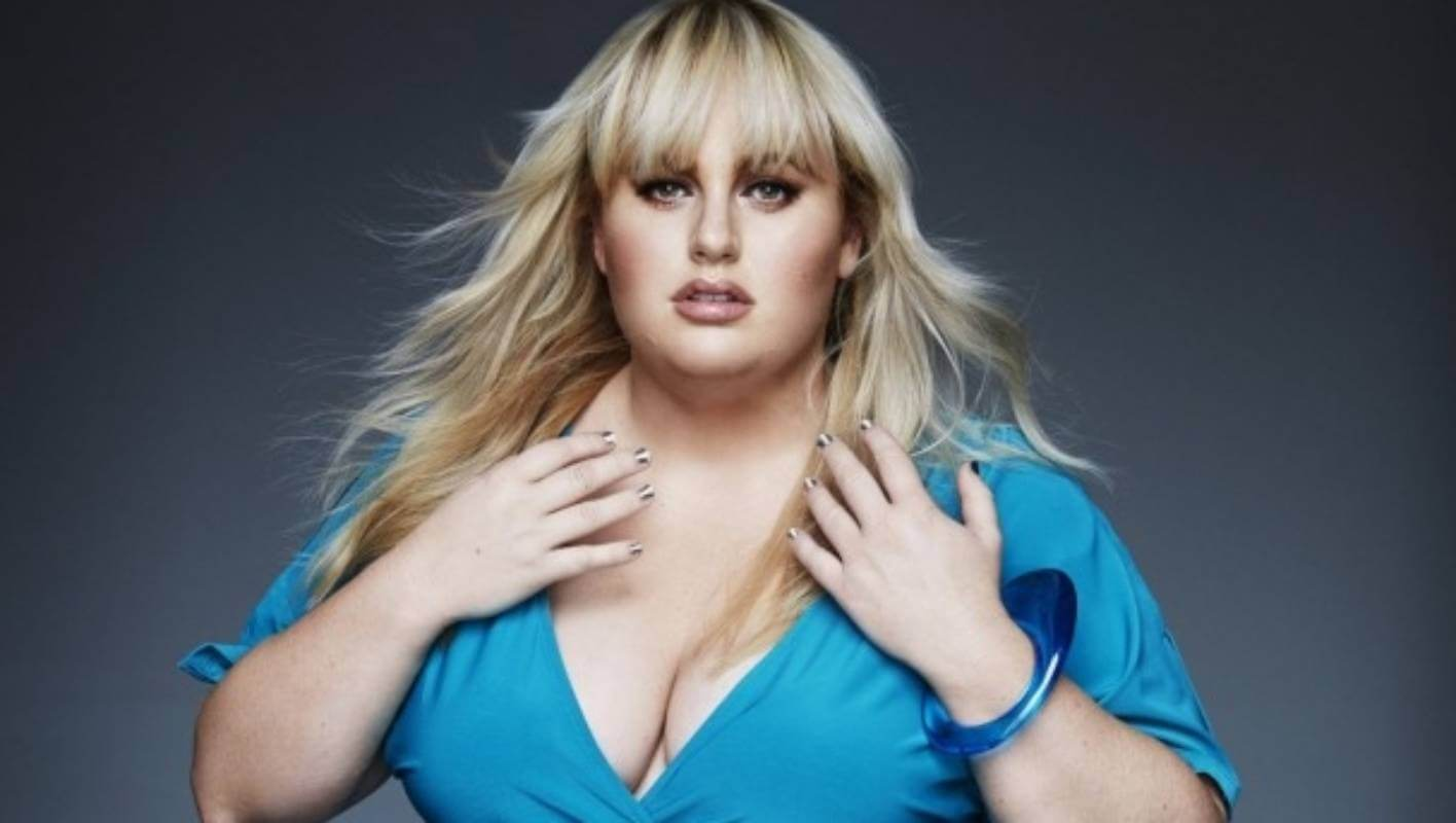 Rebel Wilson hot cleavages pic