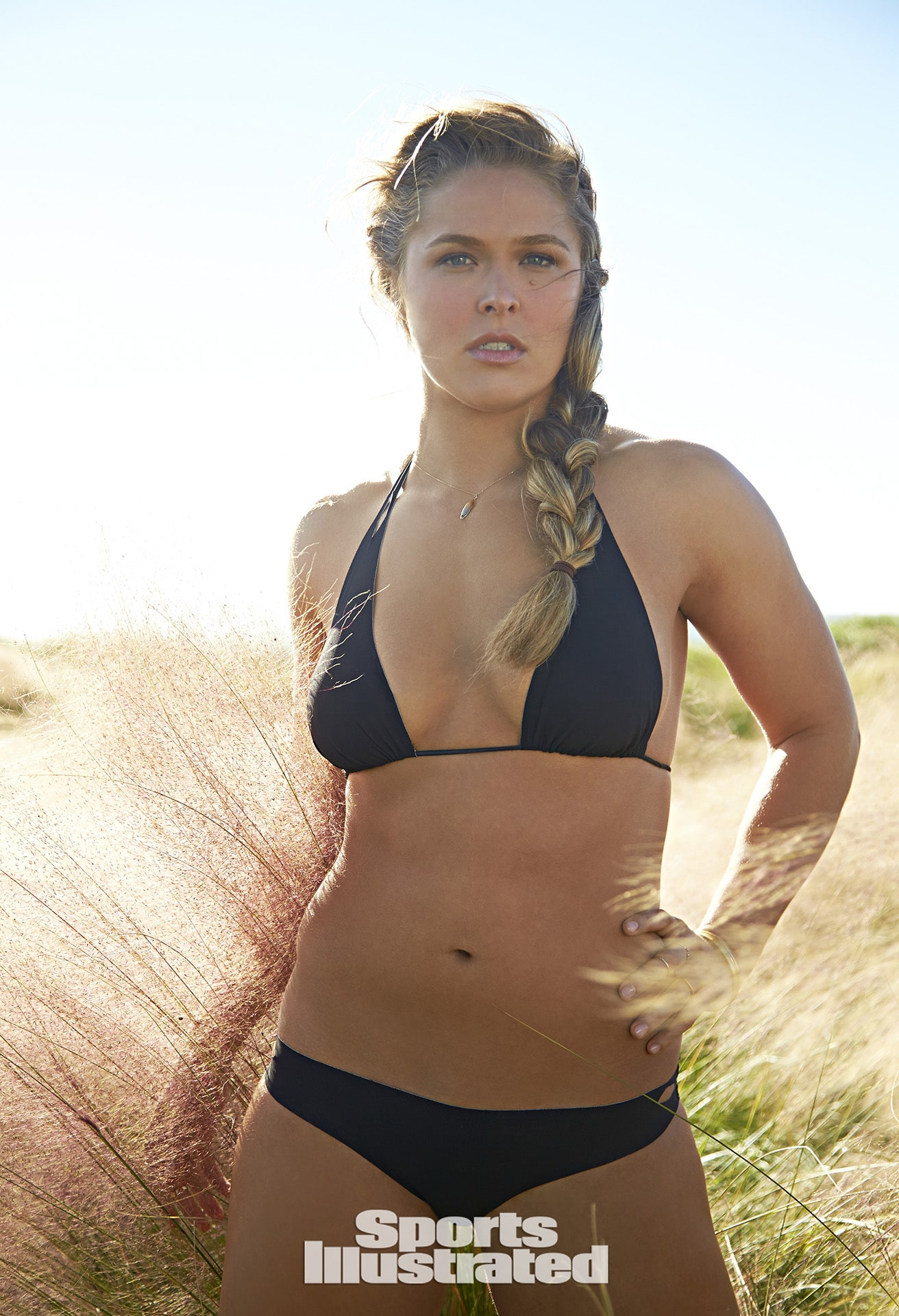 Ronda Rousey Sexy Big Boobs Pics on Black Bikini