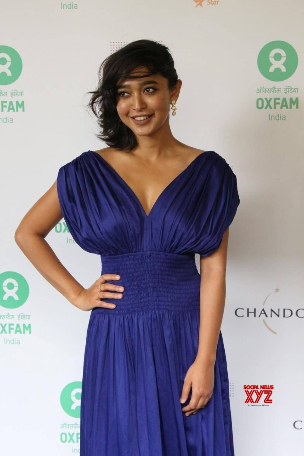 Sayani Gupta hot hot cleavages (2)