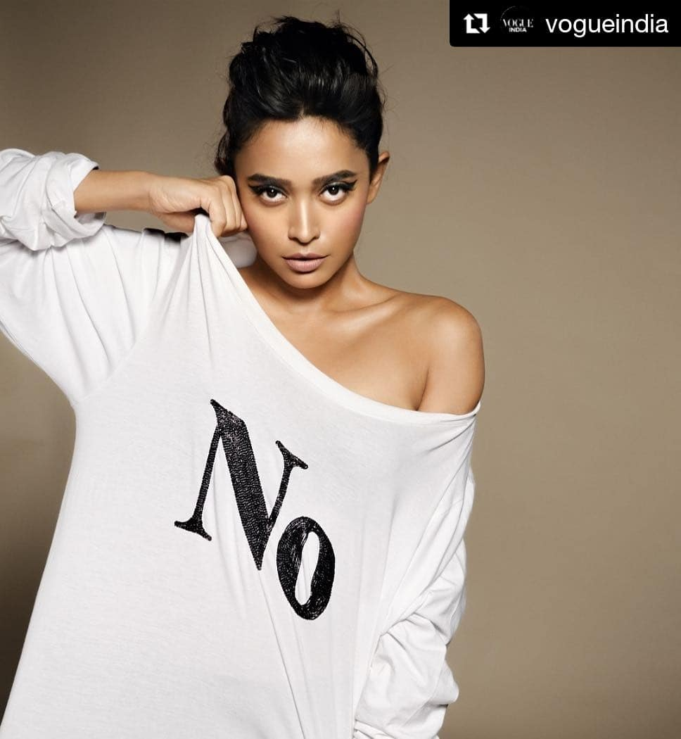 Sayani Gupta hot hot cleavages (3)