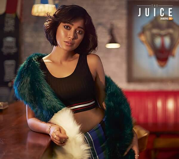 Sayani Gupta hot sexy cleavages