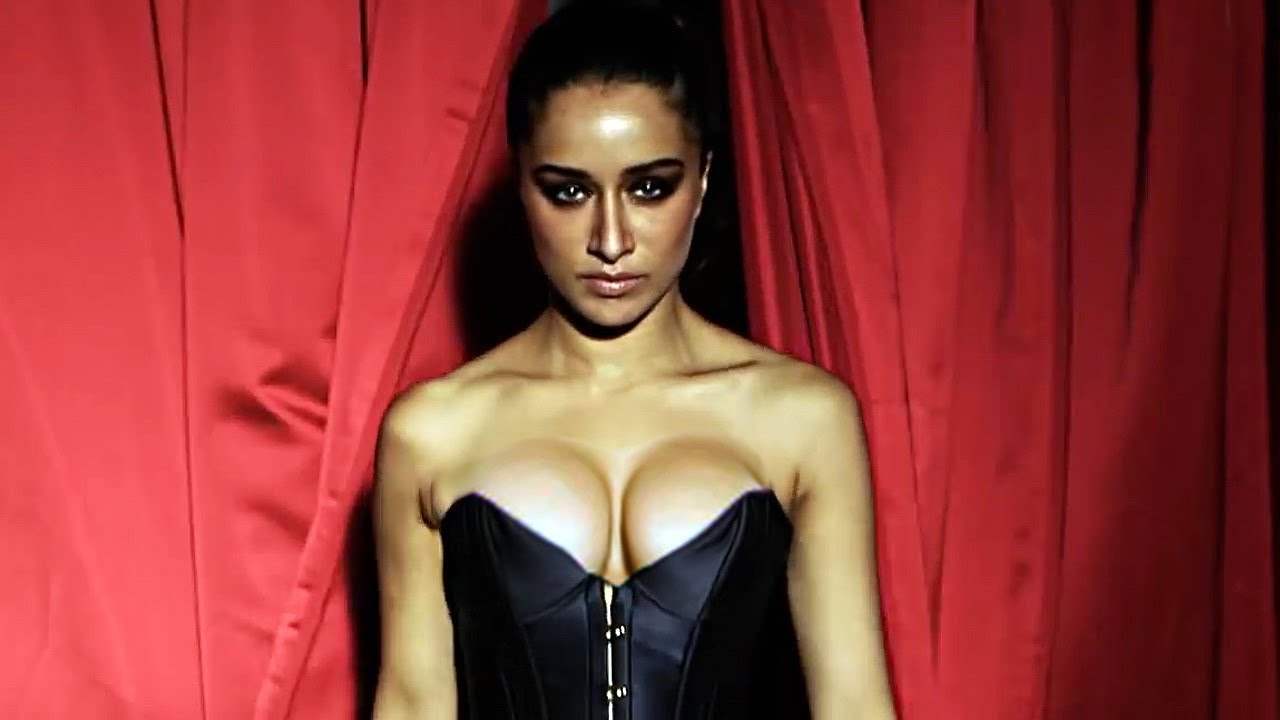 Shraddha Kapoor Sexy Big Boobs Pictures