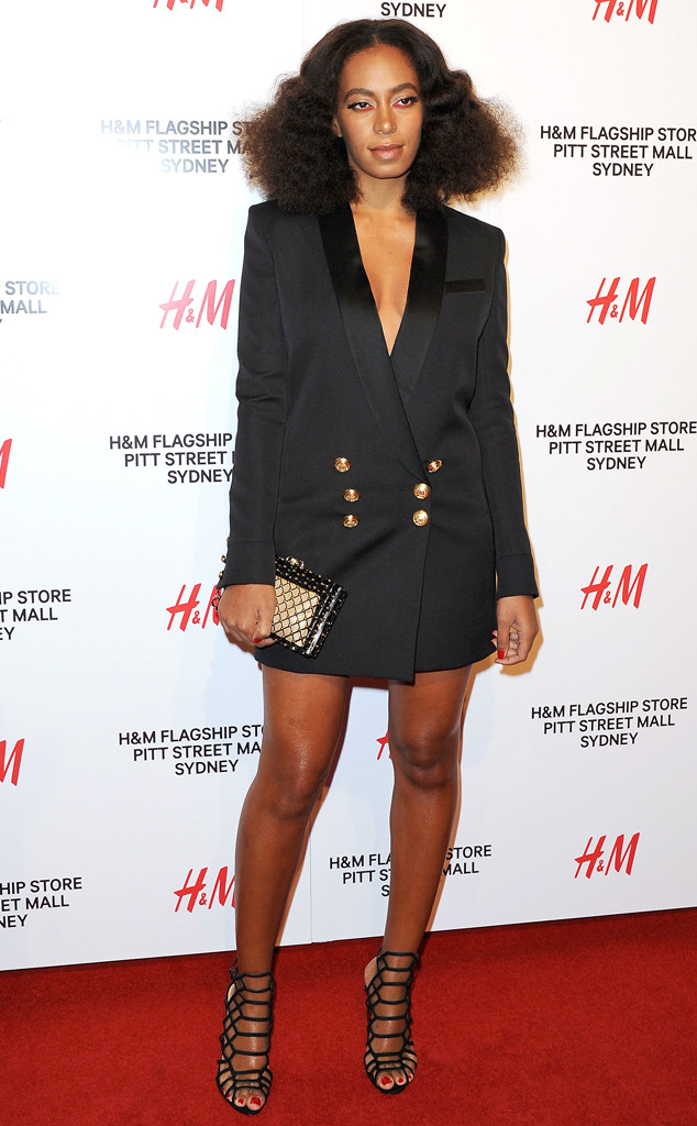 Solange Knowles hot legs (4)